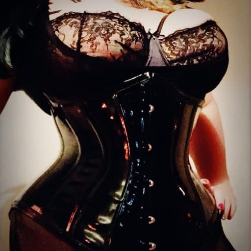cropped-Sydney-Mistress-BDSM-dominatrix-Artemisia-resized.jpg