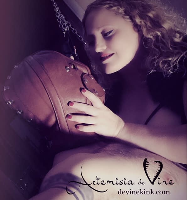 Mistress Artemisia's Sadistic Ritual
